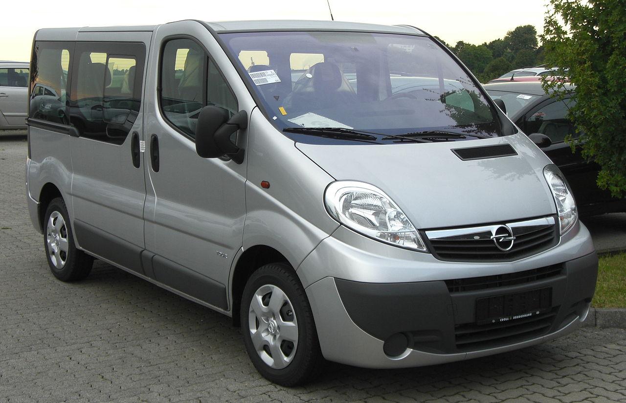 Opel Vivaro 1+8k